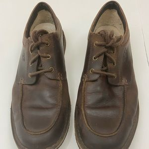 UGG LACE UP LEATHER BROWN SHOE